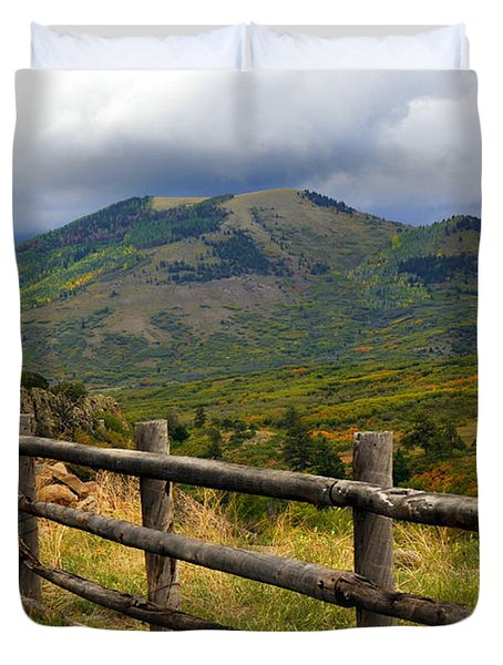 Fence Row And Mountains Duvet Cover by Marty Koch