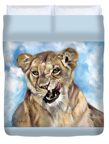 Duvet Cover featuring the painting Finger Lickin Good by Rae Andrews