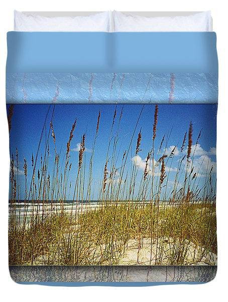 Duvet Cover featuring the photograph Perfect Day At A Florida Beach by Barbara Middleton