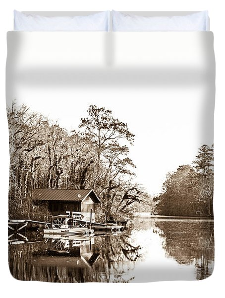 Duvet Cover featuring the photograph Florida by Shannon Harrington