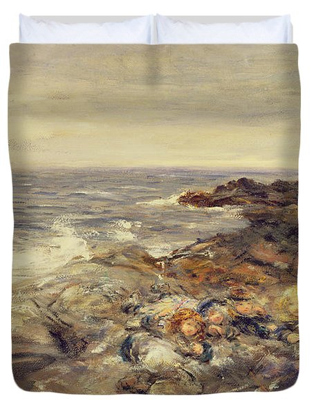 Flotsam And Jetsam Duvet Cover by William McTaggart