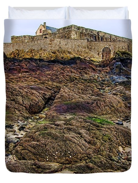 Fort National In Saint Malo Brittany France Duvet Cover
