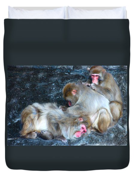 Free Buffet And Grooming Duvet Cover