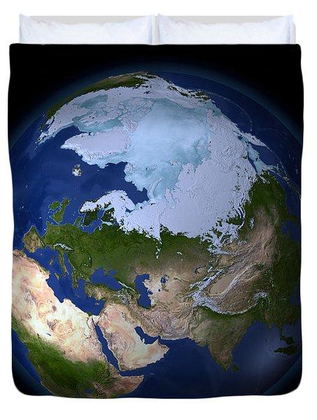 Full Earth Showing The Arctic Region Duvet Cover by Stocktrek Images