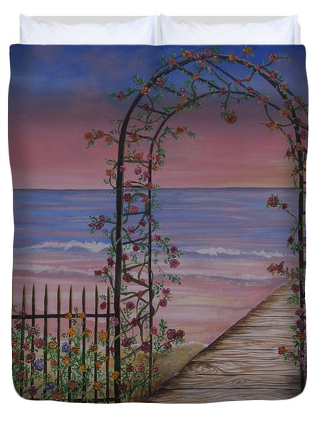 Gentle Trellis Of Roses Duvet Cover