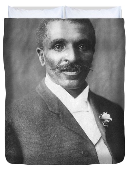 George W. Carver, African-american Duvet Cover by Science Source