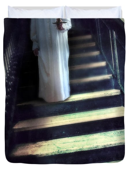 Girl In Nightgown On Steps Duvet Cover by Jill Battaglia