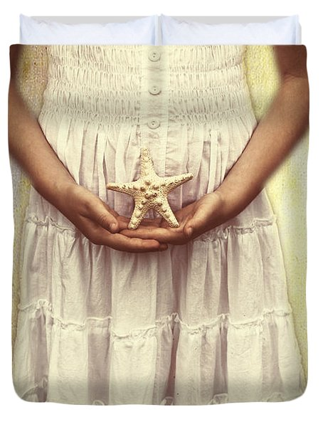 Girl With Starfish Duvet Cover by Joana Kruse