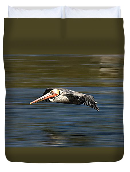 Duvet Cover featuring the photograph Glidepath by Joe Schofield