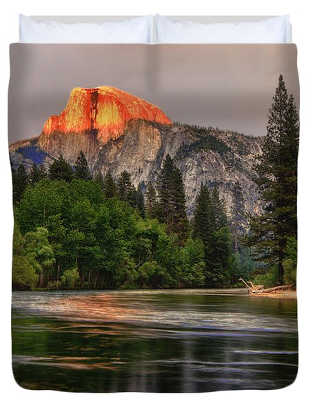 Golden Light On Halfdome Duvet Cover