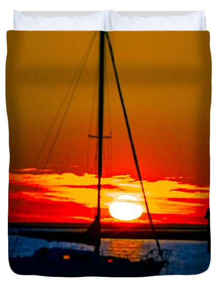 Duvet Cover featuring the photograph Good Night by Shannon Harrington
