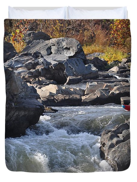 Grace Under Pressure On The Potomac River At Great Falls Park Duvet Cover
