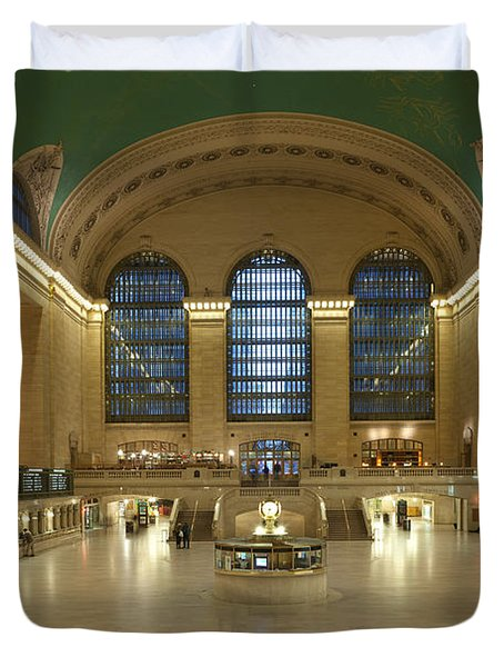 Grand Central Terminal I Duvet Cover by Clarence Holmes