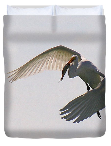 Great Egret Successful Fishing Duvet Cover