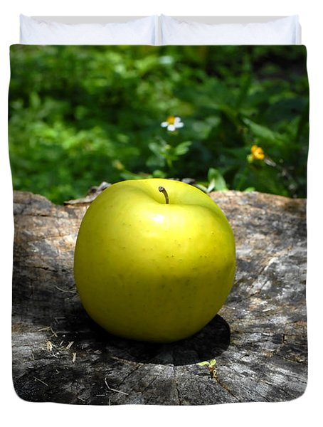 Green Apple Duvet Cover by David Lee Thompson