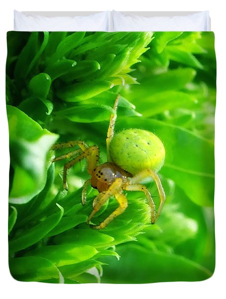 Green Spider 2.0 Duvet Cover by Yhun Suarez