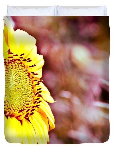 Greeting The Sun. Duvet Cover by Cheryl Baxter
