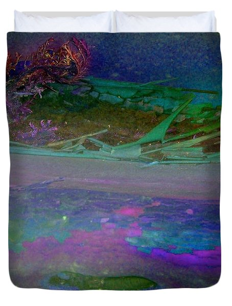 Duvet Cover featuring the digital art Grow by Richard Laeton