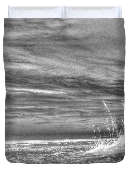 Duvet Cover featuring the photograph Gulf Breeze by Anthony Wilkening