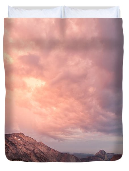 Half Dome From Olmsted Point Duvet Cover