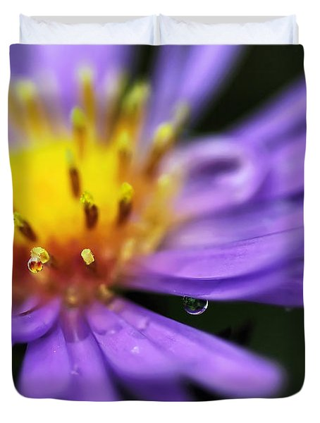 Hazy Daisy... With Droplets Duvet Cover by Kaye Menner