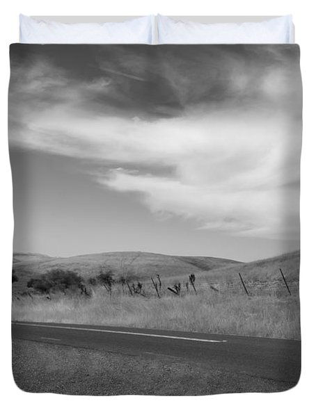 Duvet Cover featuring the photograph Heading Inland by Kathleen Grace