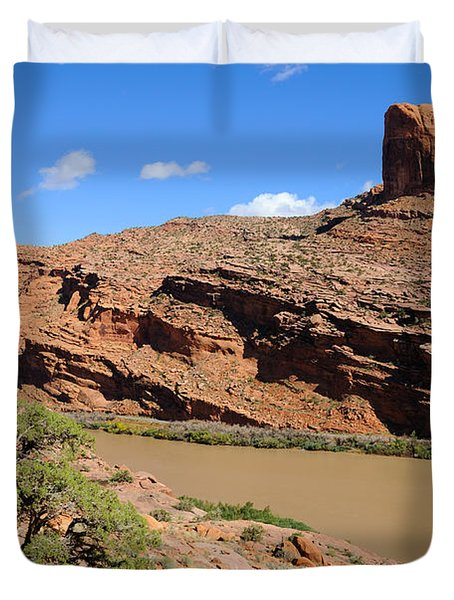 Hiking The Moab Rim Duvet Cover by Gary Whitton