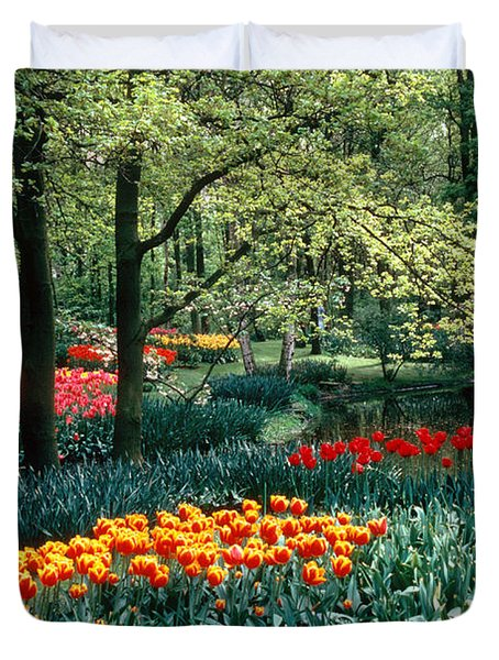 Holland Kuekenhof Garden Duvet Cover by Dale P Hanson and Photo Researchers