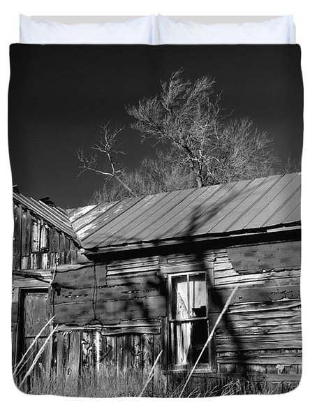 Duvet Cover featuring the photograph Homestead by Ron Cline