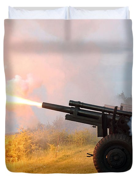 Honor Guard Members Fire A 105 Mm Duvet Cover by Stocktrek Images
