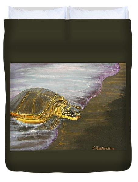 Honu On Black Sand Beach Duvet Cover by Elaine Haakenson