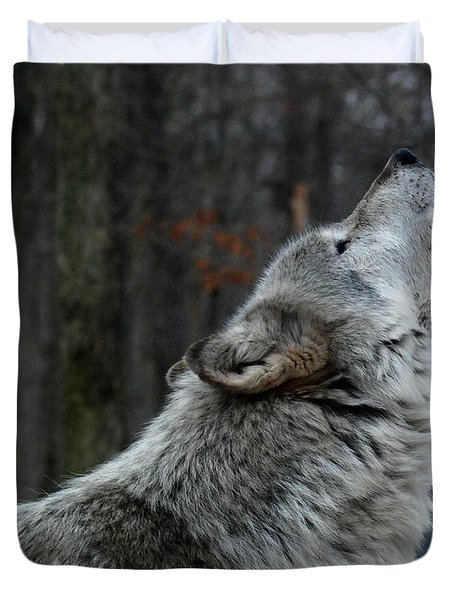 Howling Tundra Wolf Duvet Cover