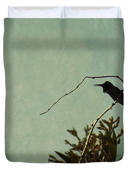 Hummingbird On Winter Wisteria Duvet Cover