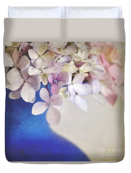 Hydrangeas In Deep Blue Vase Duvet Cover