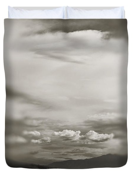 I Dreamed That Love Would Never Die Duvet Cover by Laurie Search