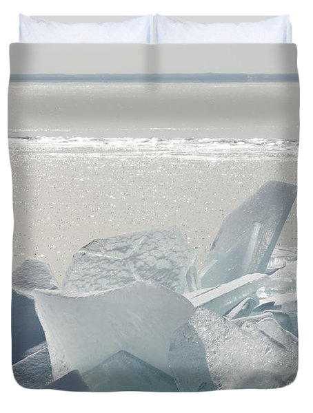 Ice Chunks On The Shores Of Lake Duvet Cover by Susan Dykstra
