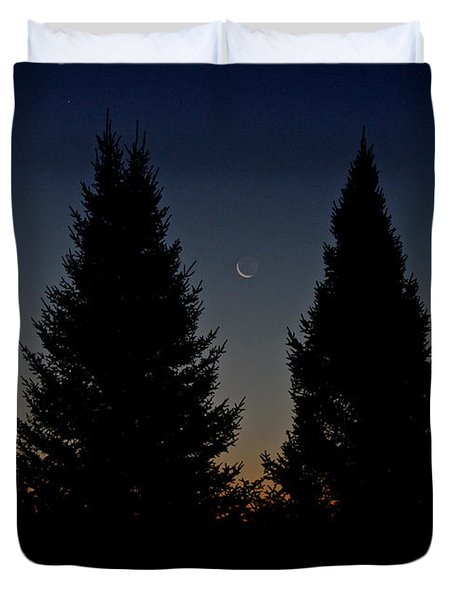 Duvet Cover featuring the photograph Impending Sunrise by Penny Meyers