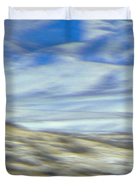 Impression Of Wyoming Duvet Cover by Lenore Senior