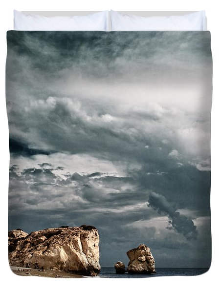 Infrared Aphrodite Rock Duvet Cover