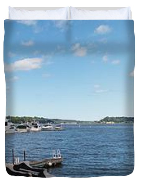 Duvet Cover featuring the photograph Irondequoit Bay Panorama by William Norton