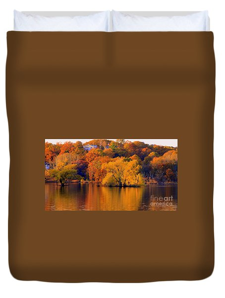 Island  In Fall Duvet Cover