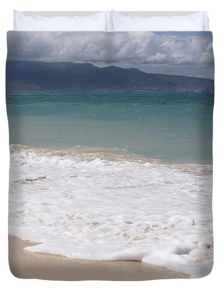 Kapukaulua - Purely Celestial - Baldwin Beach Paia Maui Hawaii Duvet Cover by Sharon Mau