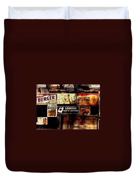 Duvet Cover featuring the photograph Kentucky Shed Ad Signs by Tom Wurl