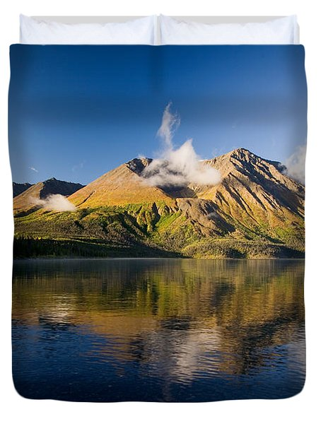 Kings Throne Mountain And Kathleen Duvet Cover by John Sylvester