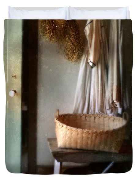 Kitchen Door In Old House Duvet Cover by Jill Battaglia