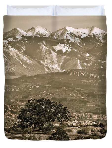 La Sal Mountains Utah Duvet Cover by Marilyn Hunt