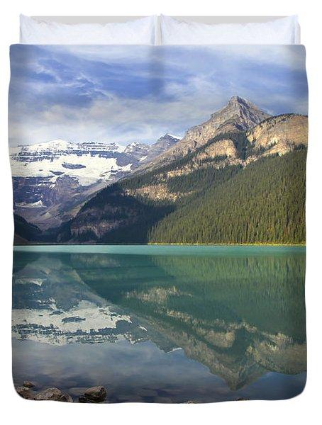 Lake Louise Splendour Duvet Cover by Teresa Zieba