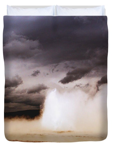 Landscapes Of Yellowstone - Great Fountain Geyser Duvet Cover by Ellen Heaverlo