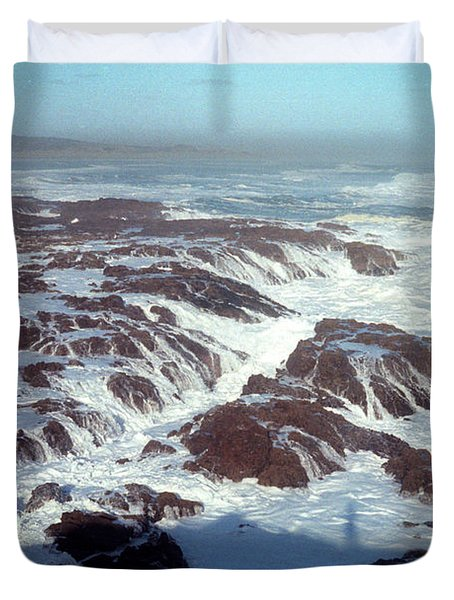 Duvet Cover featuring the photograph Lava Rock 90 Mile Beach by Mark Dodd