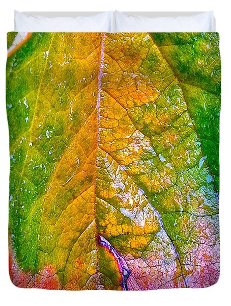 Duvet Cover featuring the photograph Leaf 2 by Bill Owen